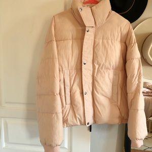 Free people puffer jacket Size M